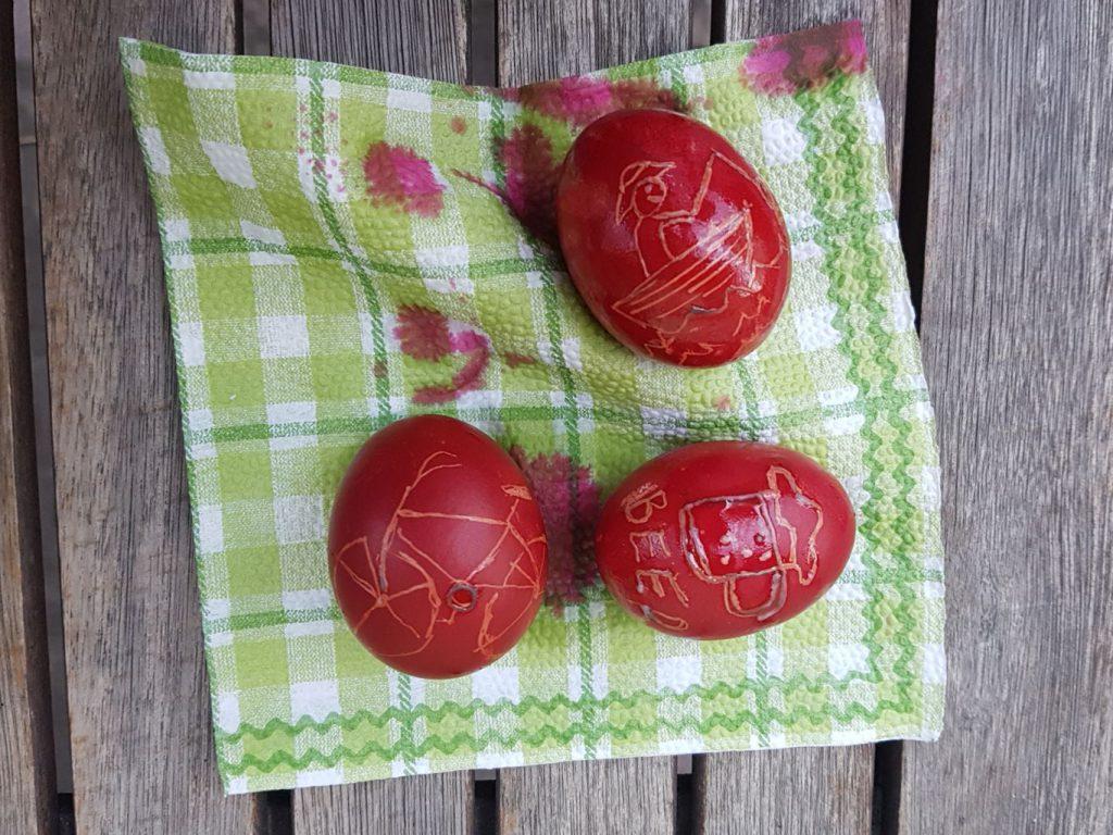 Tojásfestés Húsvétkor