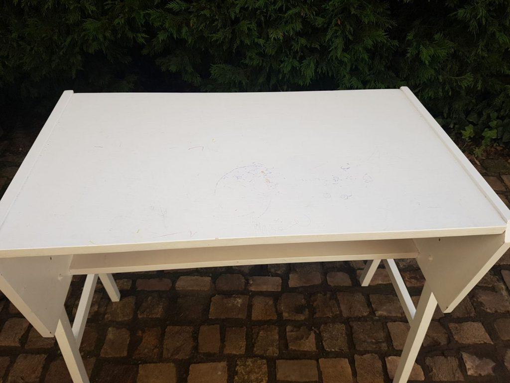 Asztal festese